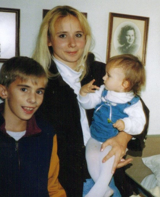Me (definitely a non runner here) with my little brother Phil and my firstborn beauty, who is now almost the age I was then. Let's have coffee and talk, Young Me! You're doing everything wrong. xoxo