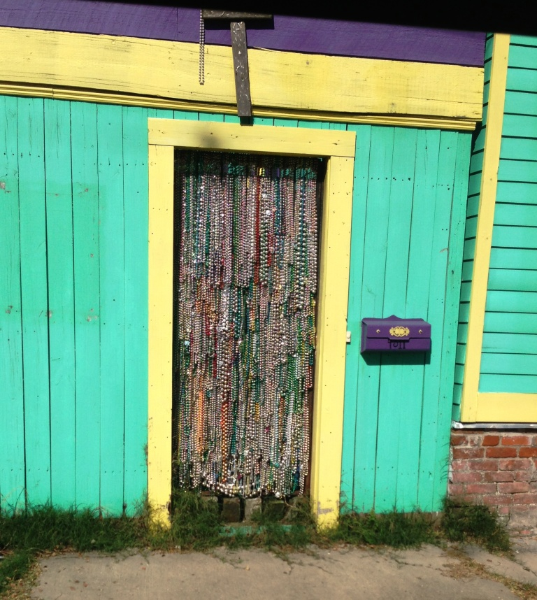 NOLA bead door