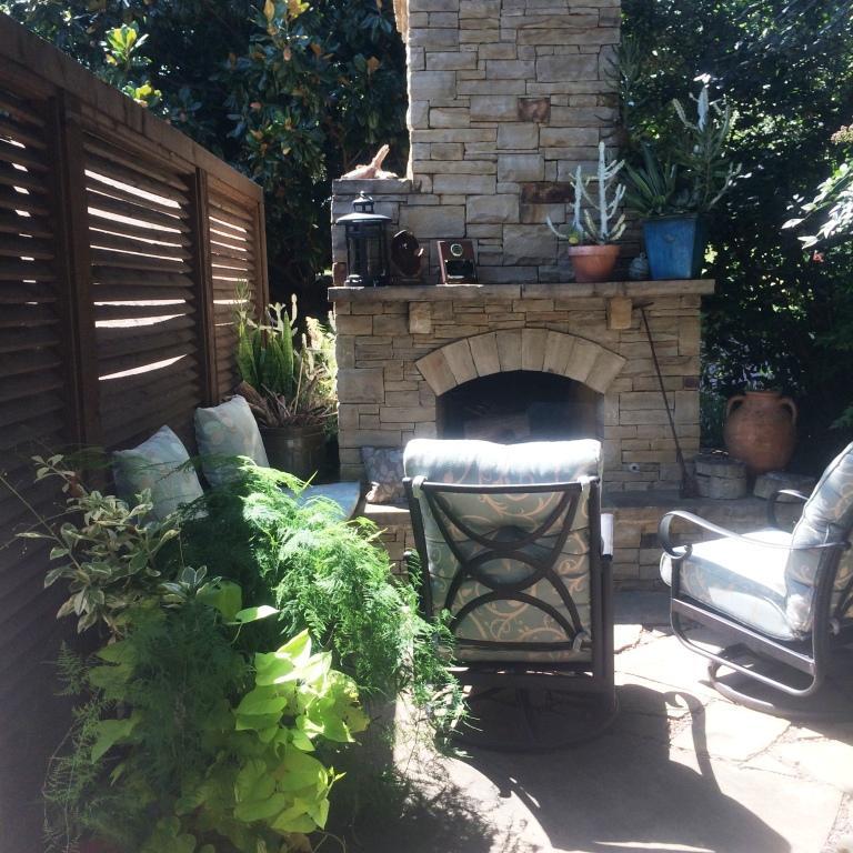 KF cozy patio