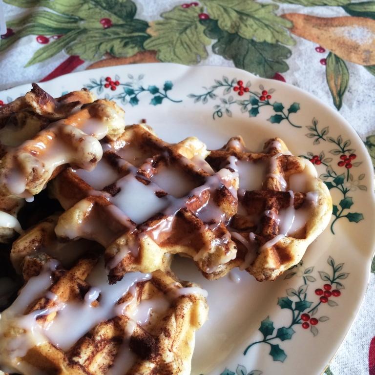 waffled-cinn-rolls-c